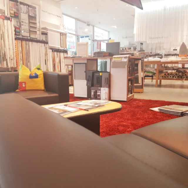 Farben- und Teppichmarkt